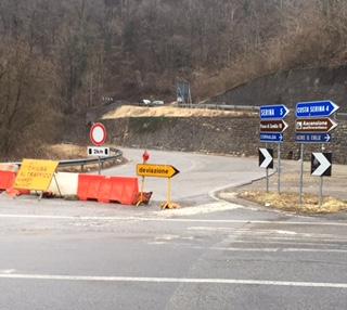 Val Serina: Una frana. 12 km in più e 20 minuti di lavoro per ogni viaggio.