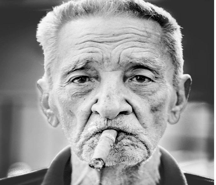 La marjuana, pianta tanto discussa, efficace contro Alzheimer. Quali verità?
