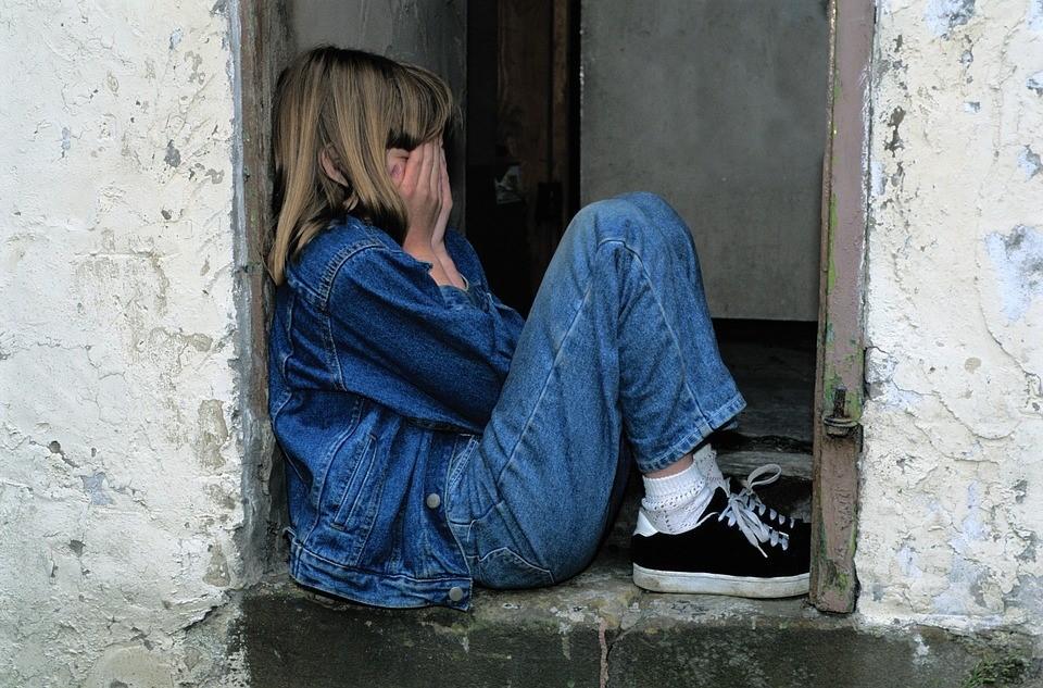 NUOVE FORME DI SOFFERENZA PSICHICA IN ADOLESCENZA: IL LAVORO SOCIO EDUCATIVO