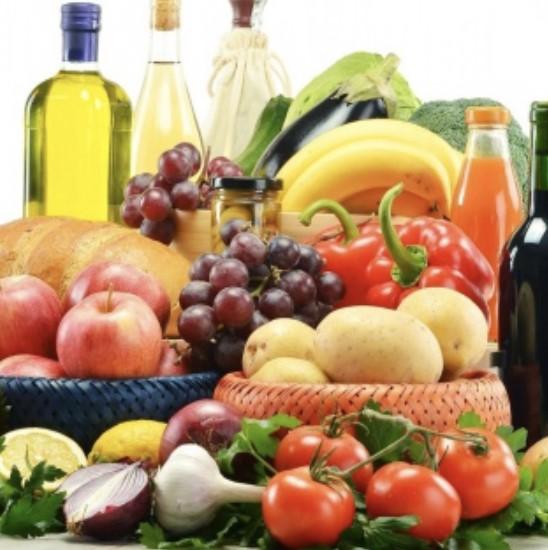 Una dieta equilibrata per stare in salute anche d'estate