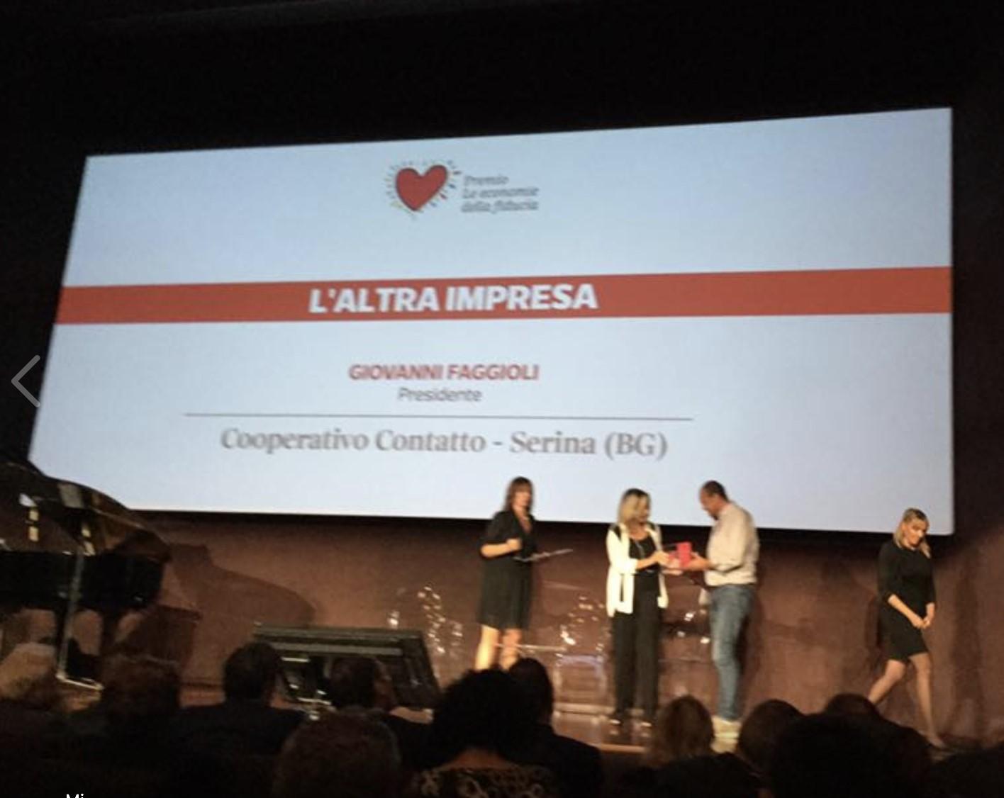 """Premio """"l'Altra impresa"""": la Cooperativa Contatto premiata dal Corriere della Sera"""