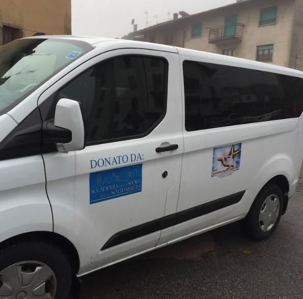 Grazie alla donazione di un mezzo di trasporto, per gli Amici di Samuel si aprono nuove prospettive.